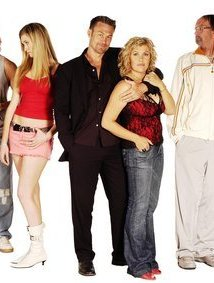 Watch Outrageous Fortune Online